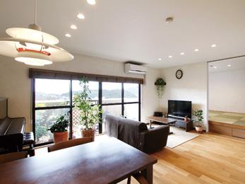 珪藻土塗りは二人の手で2度のリフォームで更に理想の家に