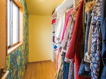 大容量のクロゼットは一室をまるごとリフォーム