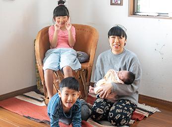 家族が増えても 余裕のリビング。 大好きな雑貨に 囲まれる毎日