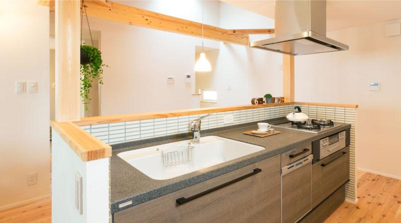 半日体験できる!新築モデルハウス「ひとときグラン」 マエダハウジング 医師がすすめる健康住宅・外気温に影響されにくい室内環境・調湿機能で内部結露やカビ・ダニを防ぐことでアトピー対策!